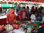 kunjungan-ketua-komisi-a-dprd-diy-eko-suwanto-di-gelaran-bazar-umkm-danurejan_20181027_183135.jpg