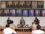 kunjungi-ugm-menkopolhukam-mahfud-md-ajak-akademisi-selamatkan-bangsa-indonesia.jpg