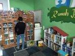lebih-dekat-dengan-rumah-baca-perpustakaan-buku-anak-berbahasa-inggris-di-yogyakarta.jpg