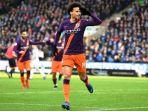 leroy-sane-merayakan-golnya-ke-gawang-huddersfield-town.jpg