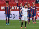 lionel-messi-merayakan-gol-di-liga-spanyol-sevilla-vs-barcelona-di-stadion-ramon-sanchez-pizjuan.jpg