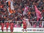 live-streaming-indosiar-persija-vs-persela-di-liga-1-2019-sore-ini-link-siaran-dan-prediksi-line-up.jpg