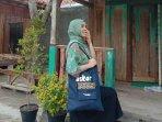 mahasiswa-uny-ciptakan-tas-3-in-1-totebag-sling-bag-dan-backpack-dalam-satu-produk.jpg