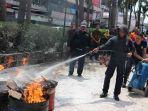 malioboro-mall-latihan-pemadaman-api.jpg