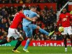 manchester-united-dibantai-burnley-dua-gol-tanpa-balas-di-old-trafford.jpg