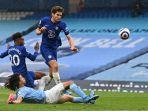 marcos-alonso-mencetak-gol-di-liga-inggris-manchester-city-vs-chelsea-di-stadion-etihad-8-mei-2021.jpg