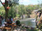 menikmati-makan-di-tepi-sungai-dan-air-terjun-hanya-di-joglo-pari-sewu_20180929_142328.jpg