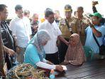 menteri-sosial-mensos-idrus-marham-lombok_20180821_185831.jpg