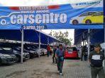 mobil-bekas-yang-dijajakan-di-bursa-mobil-carsentro_20170402_220825.jpg