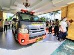 mobil-pcr-hasil-bantuan-kapolri-pada-pemerintah-kabupaten-ggk.jpg
