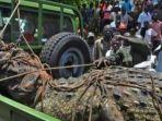 ngeri-buaya-sepanjang-5-meter-di-uganda-teror-warga-selama-14-tahun-sudah-mangsa-80-orang.jpg