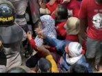 pakar-hukum-minta-aparat-hentikan-kekerasan-terhadap-warga-penolak-tambang-di-wadas-purworejo.jpg