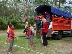 para-pengungsi-merapi-kembali-ke-barak-pengungsian-glagaharjo.jpg
