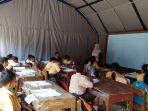 para-siswa-sd-seropan-belajar-di-tenda-darurat-yang-didirikan-oleh-bpbd-bantul2_20180103_161510.jpg