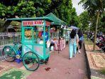 pasar-ramadhan-ugm-yang-berada-di-sepanjang-jalan-prof-dr-notonagoro.jpg