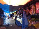 pedagang-pasar-malam-sekaten_20171210_182309.jpg