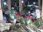 pedagang-rimpang-di-pasar-beringharjo-kota-yogyakarta.jpg