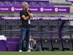 pelatih-barcelona-quique-setien-juli-2020.jpg
