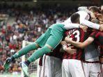 pemain-ac-milan-merayakan-gol-yang-dicetak-patrick-cutrone_20180521_022342.jpg