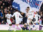 pemain-inggris-merayakan-gol-harry-kane-ke-gawang-kroasia-uefa-nations-league.jpg