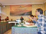 pembentukan-konsorsium-program-studi-akademik-pariwisata-se-indonesia-kpspi_20170915_213704.jpg