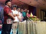 pemilu-berlangsung-aman-dan-damai-alumni-jogja-satukan-indonesia-gelar-tumpengan.jpg