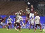 pencetak-gol-pertandingan-ac-milan-vs-as-roma-yang-berakhir-imbang-3-3.jpg
