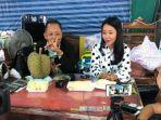 pengusaha-durian-asal-thailand-batalkan-sayembara-tetap-berikan-hadiah-rp-4-miliar-untuk-menantunya.jpg