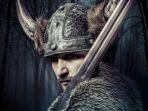 penutup-kepala-bertanduk-viking_20180225_123901.jpg