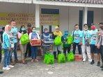 penyerahan-bantuan-sembako-dari-indonesia-fortuner-community.jpg