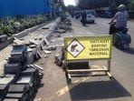 perbaikan-jalan-depan-panti-rapih_20171023_151047.jpg