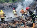 personel-pemadam-kebakaran-damkar-kabupaten-magelang-27122020.jpg