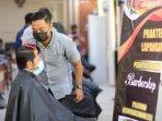 peserta-blk-kota-magelang-sediakan-pangkas-rambut-gratis-untuk-masyarakat.jpg