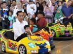 presiden-joko-widodo-bermain-bersama-cucunya-jan-ethes-srinarendra.jpg