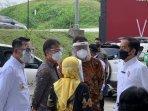 presiden-joko-widodo-tinjau-sentra-vaksinasi-indonesia-bangkit.jpg