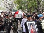 presiden-jokowi-lepas-any-yudhoyono-ahy-kenang-kata-kata-ibunya-saya-pasrah-tapi-tidak-menyerah.jpg