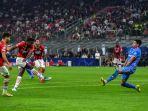 rafael-leao-mencetak-gol-di-liga-champions-antara-ac-milan-vs-atletico-madrid-di-san-siro.jpg