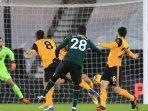 rating-pemain-wolves-vs-tottenham-yang-berakhir-1-1-gol-super-cepat-ndombele.jpg