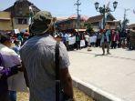 ratusan-mahasiswa-papua-adakan-aksi-damai_20181004_194927.jpg
