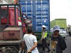 rem-blong-diduga-jadi-sebab-dua-kontainer-tabrakan-di-dongkelan_20180907_134331.jpg