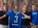 resmi-jadi-pelatih-psim-yogyakarta-aji-santoso-siap-suguhkan-permainan-atraktif.jpg