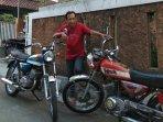 restorasi-yamaha-as3-twin-125-nostalgia-era-awal-motor-sport-dua-silinder-di-indonesia.jpg