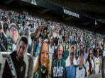 ribuan-patung-kardus-fan-borussia-monchengladbach-di-stadion-borussia-park.jpg