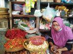 salah-seorang-pedagang-beraktivitas-di-pasar-demangan-kota-yogyakarta.jpg