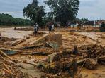 sejumlah-bangunan-rusak-akibat-diterjang-banjir-bandang-di-desa-sajira-lebak-banten.jpg