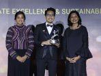 serius-di-bidang-lingkungan-upaya-sharp-indonesia-diakui-internasionallewat-aces-awards-2018_20181021_112432.jpg