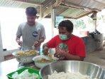 solidaritas-pangan-jogja-bagikan-nasi-bungkus-gratis-di-tengah-wabah-virus-corona.jpg