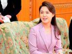 sosok-ri-sol-ju-istri-pemimpin-koreo-utara_20180428_054830.jpg