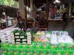 stok-tahu-tempe-di-pasar-stan-maguwoharjo-kembali-normal.jpg