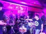 suasana-launching-album-drums-speak-2_20171208_154356.jpg